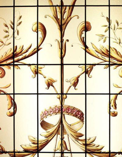ornement-floral-vitraux-atelier-saint-didier