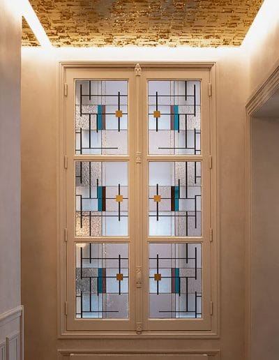 fenetre-vitraux-mondrian
